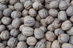 Besköt wallnuts från bästa sikt i muttrar shoppar Royaltyfri Foto