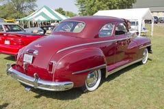 Beskådar den DeSoto bilbaksidaen 1948 Fotografering för Bildbyråer