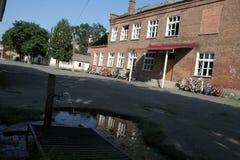 Beslan-Schuldenkmal, wo Terroranschlag im Jahre 2004 war- Stockbild
