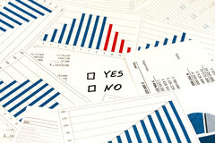Beslut ja eller inte Arkivfoto