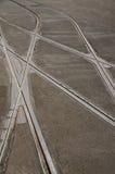 Beslut som korsar spårvagnspår Arkivfoto