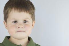 Beslutsam blick av Little Boy Royaltyfria Foton