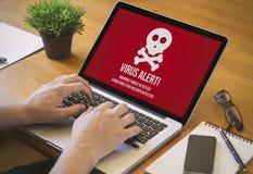 Besmette computerdesktop Royalty-vrije Stock Fotografie