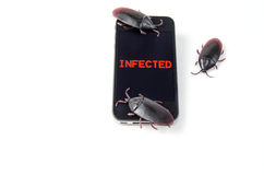 Besmette Slimme Telefoon met Insecten Stock Foto