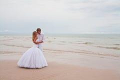 Beso Wedding Imagen de archivo libre de regalías