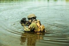 Besondere Kräfte im Wasser Stockbilder