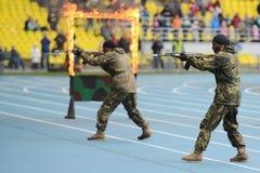 Besondere Kräfte zeigen Training Stockfoto