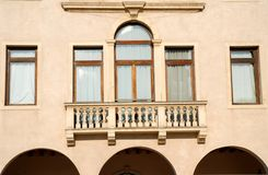 Besonders das alte Gebäude, das unterbringt die Stadt Hall Conselve in der Sonne in der Provinz von Padua in Venetien (Italien) Stockfotos