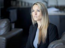 Besorgte Geschäftsfrau Stockfoto