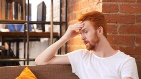 Besorgter, betonter und deprimierter Mann Lizenzfreie Stockfotos