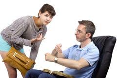 Besorgter Vater und späte Tochter Stockfoto