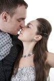 Besos cariñosos de los pares Imagen de archivo