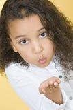 Besos que soplan Imagen de archivo libre de regalías