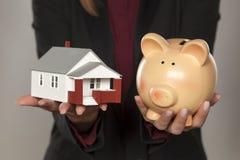 Besparing för hus Arkivfoto
