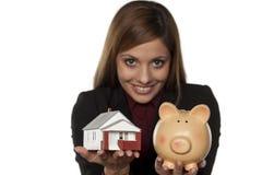 Besparing för hus Arkivfoton