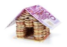 Besparingar för fastighetprojektet - € för tak 500 Arkivfoto