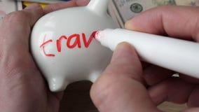 Besparingen en geld voor vakantie en vakantie stock footage