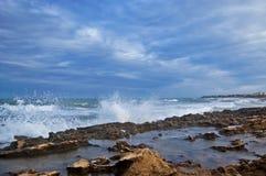 Bespattende golven royalty-vrije stock foto