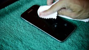 Bespuit de chemische oplossing aan het schoonmaken stock footage