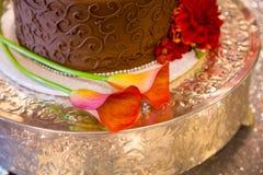 Beställnings- bröllopstårta på mottagandet Royaltyfri Fotografi