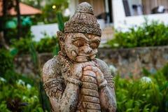 Beståndsdel av den thai statyn arkivbild