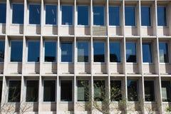 Beståndsdelar av arkitektur Dekor av byggnader i mitten av Madrid, Spanien Bakgrund Royaltyfria Bilder
