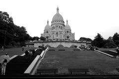 Beståndsdelar av inre i en stads- kyrka i Paris Arkivfoton
