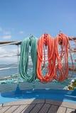 Beståndsdelar av utrustning av en yacht royaltyfria bilder
