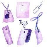 Beståndsdelar för gåvakort Vattenfärgen ställde in med handen drog färgrika purpurfärgade etiketter, gåvasjalen som isolerades på stock illustrationer
