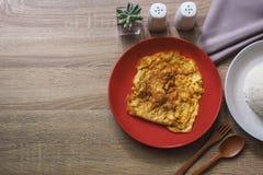 Består bruna trä för textur för bakgrund av omelett- och andra sidandisk Royaltyfria Foton