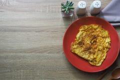 Består bruna trä för textur för bakgrund av omelett- och andra sidandisk Royaltyfri Fotografi