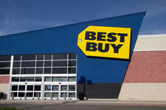 Best Buy. JACKSONVILLE, FL - MARCH 16, 2014: A Best Buy retail electronics store in Jacksonville. In 2013, Best Buy operated 1,056 Best Buy and 409 Best Buy royalty free stock photo
