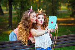 Best friends. Group selfies. Royalty Free Stock Photography