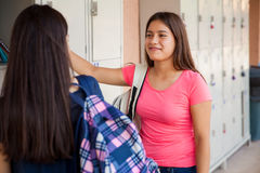 Best friends in high school Royalty Free Stock Images