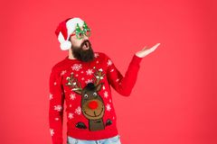 Free Best Price. New Year Sales Here. Bearded Santa Man Party Glasses. Surprised Santa Ready To Celebrate Xmas. Its Time For Royalty Free Stock Photo - 163588055