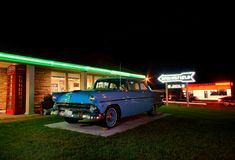 Best Western Rail tillflyktsortmotellet Berömt motell på Route 66 royaltyfri fotografi