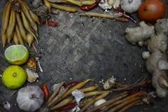 Bestandteil-thailändisches Lebensmittel auf Webart-Hintergrund 5 Stockbild