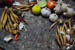 Bestandteil-thailändisches Lebensmittel auf Webart-Hintergrund 4 Lizenzfreie Stockfotos