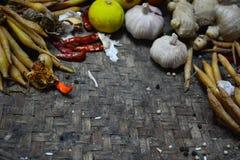 Bestandteil-thailändisches Lebensmittel auf Webart-Hintergrund 2 Lizenzfreies Stockfoto