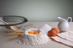 Bestandteile für Kuchen. stockbild