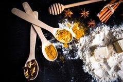 Bestandteile für Lebkuchen stockbild