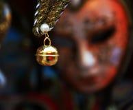 Beste gouden maskerdetails, in Venetië, Italië stock foto