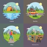 Beste reizen en het kamperen voor onvergetelijke reis 4 vlakke vierkante pictogrammen Stock Foto's