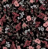 Bestehende verschiedene Größen und Blätter der Blumen des nahtlosen Musters auf schwarzem Hintergrund stock abbildung