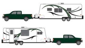 Bestelwagen en kampeerautoaanhangwagen Stock Afbeelding