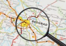 Bestemming - Belgrado (met vergrootglas) Royalty-vrije Stock Fotografie