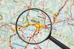 Bestemming - Oslo (met vergrootglas) Royalty-vrije Stock Fotografie