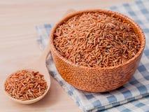 Bester Reis des ganzen Reises des Kornes traditionellen thailändischen für gesundes und sauberes Lebensmittel Stockbilder