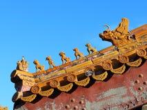 Bestia di Ridge sulle costruzioni antiche della Cina Fotografia Stock