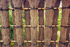 Beståndsdelar av staketet i trädgården Arkivbilder